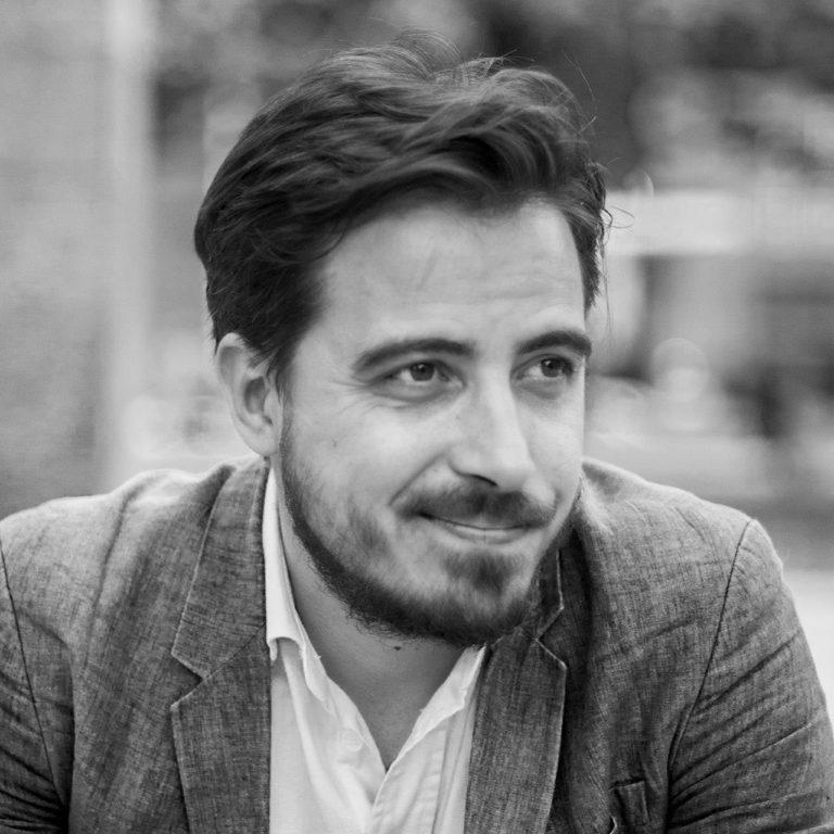"""<a href=""""https://biumor.com/ospiti/gabriele-ferraresi/"""">Gabriele Ferraresi</a>"""